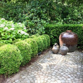 Garden decoration of the villa in Schilde, Antwerp